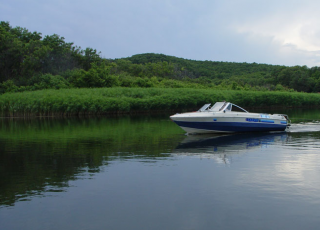 Разходка с лодка по река Велека