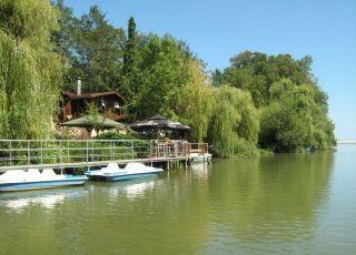 Разходка с лодка по река Камчия