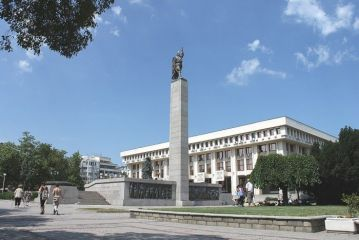 Паметникът на Альоша - Бургас