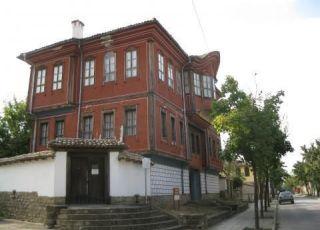 Хаджи Ангеловата къща - музей (Търговище)