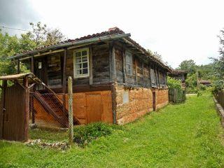 Балюва къща
