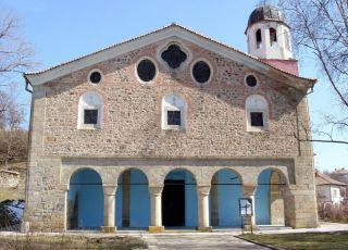 Храм Св. Богородица - Карлово