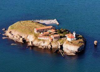 С корабче до о. Света Анастасия