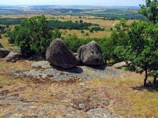 Момини камъни - с. Старосел
