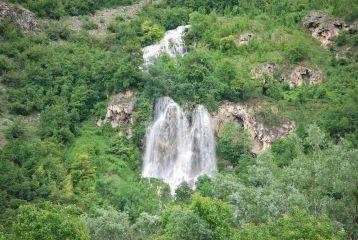 Водопад Вара