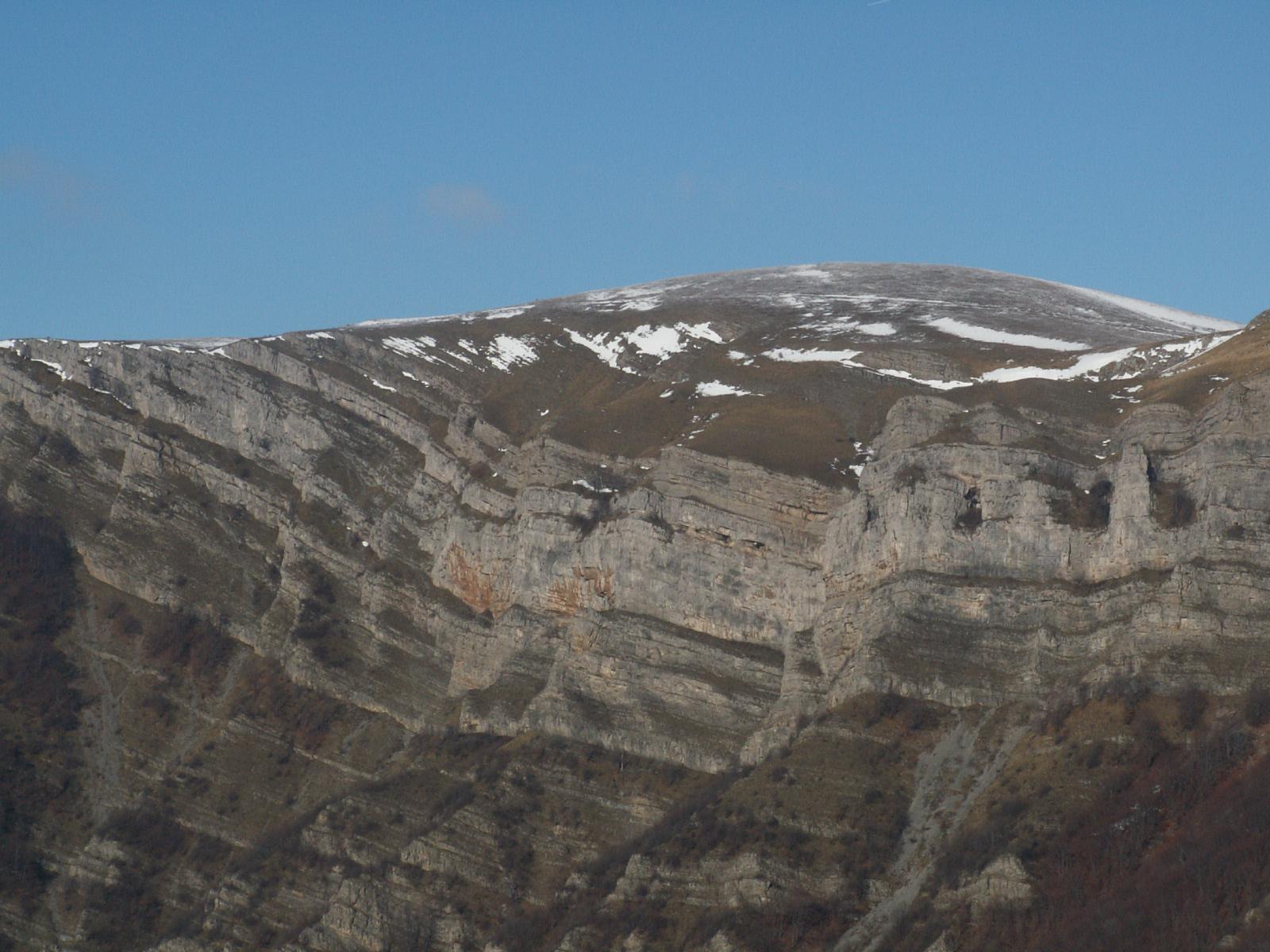 Скално образувание Кобилини стени
